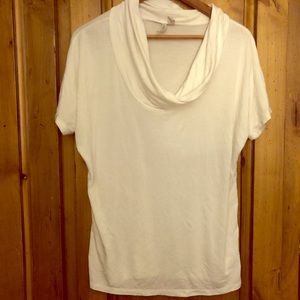 White cowl neck short sleeved sweater sz M